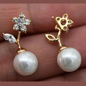Flower Gold Filled Stud Earrings PRICE FIRM